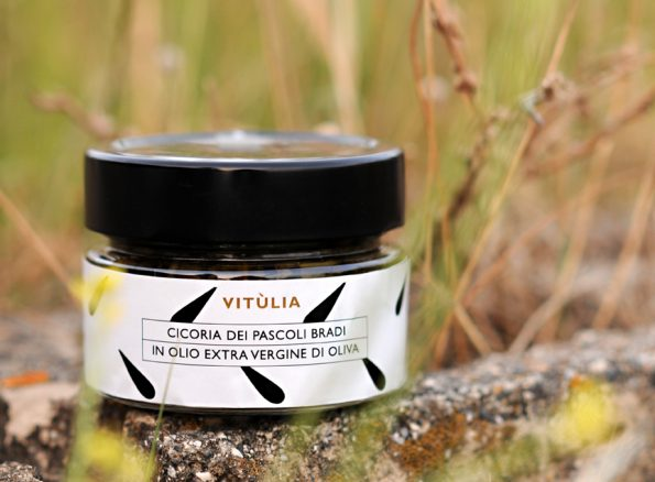 Chicory of wild pastures vitùlia. prepared in extra virgin olive oil #vituliawildchicory #vituliaproductsconservedinoil #vituliaitalianidiorigine #vituliadrops